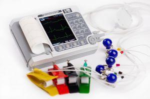 Электрокардиограф ЭК12Т-01-Р-Д с цветным экраном